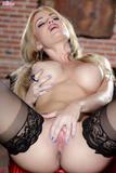 Angela Sommers - Naughty Red Devilf3mp7xn6lj.jpg